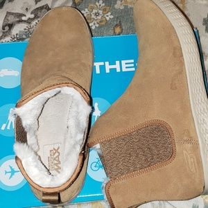 Sketcher on the go boots